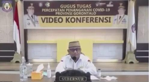 Gubernur Gorontalo, Rusli Habibi saat webinar dengan BNPB. (Foto: Tangkapan Layar)