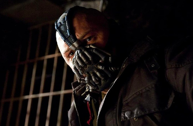 tokoh Bane dalam film 'The Dark Knight Rises' (Foto: IMDb)