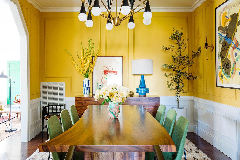 Ilustrasi ruangan warna dasar kuning (Foto: Pinterest)