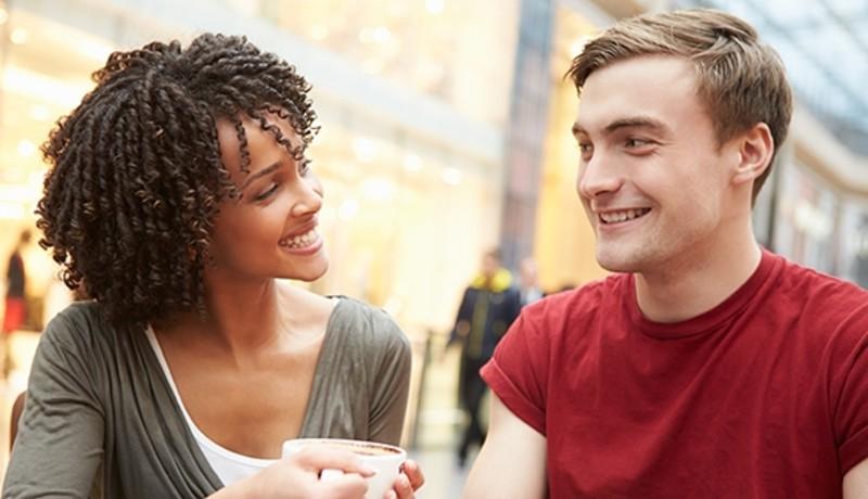 ilustrasi : Pahami pria hanya menganggapmu teman saja ( foto : Pixabay )
