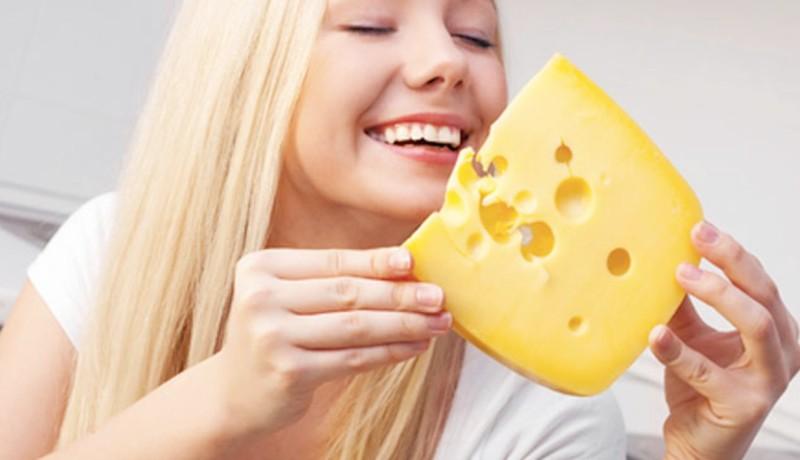 Konsumsi keju untuk daya tahan tubuh ( Foto : vixen daily )