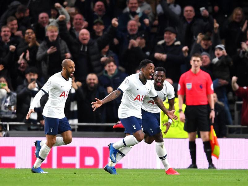 Tottenham Hotspur mengalahkan Manchester City dengan skor 2-0 pada lanjutan Liga Inggris 2019/2020 di Tottenham Hotspur Stadium, Minggu (2/2). Foto: Twitter/Premierleague