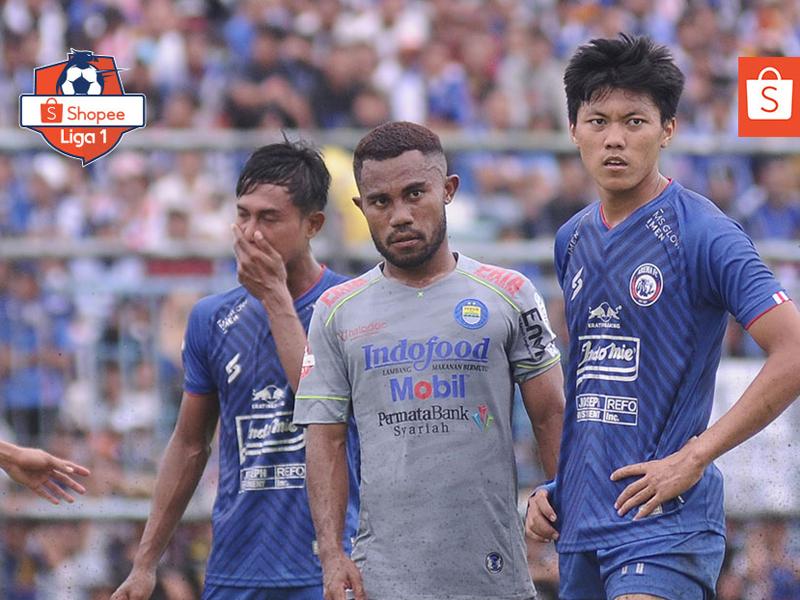 Persib Bandung mengalahkan Arema FC dengan skor 2-1 pada lanjutan Liga 1 2020 di Stadion Kanjuruhan. Foto: Twitter/Liga1Match