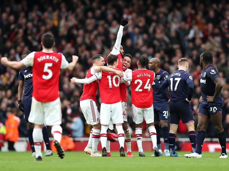 Arsenal harus bersusah payah untuk menumbangkan West Ham United pada pekan ke-29 Liga Inggris 2019/2020. Foto: Twitter/Premierleague