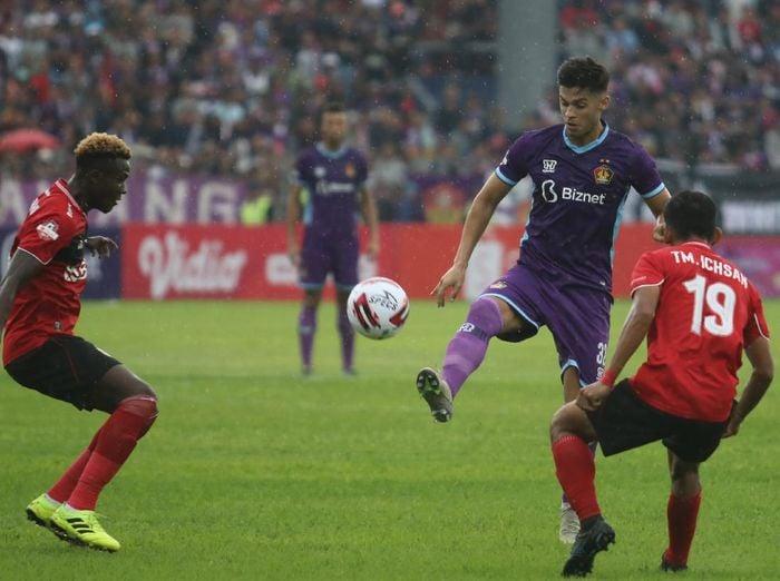 Tidak ada pemenang dalam laga Persik Kediri vs Bhayangkara FC pada pekan kedua Liga 1 2020. Foto: Antara