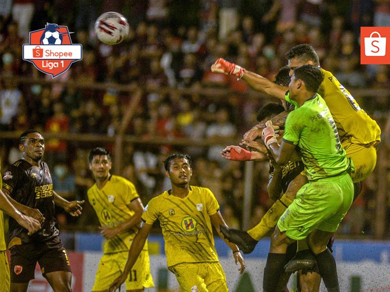 PSM Makassar ditahan imbang Barito Putera dengan skor 1-1 di Stadion Andi Mattalata, Minggu (15/3). Foto: Twitter/Liga1Match