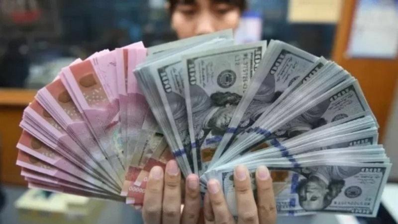 IDR/USD 30 Maret 2020: Kurs Rupiah Melemah, Ini Penyebabnya