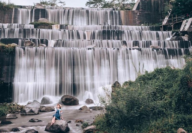 Grojogan Watu Purbo, Wisata Sungai Bertingkat di Sleman