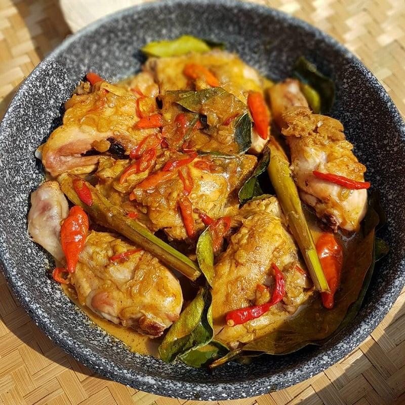 Resep Ayam Lodho, Menu Masakan Lezat Khas Jawa Timur