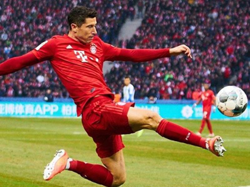 Bayern Muenchen vs Fortuna Dusseldorf 5-0: Juara di Depan Mata
