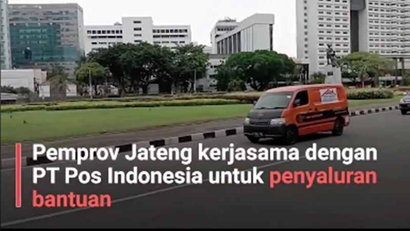 Lewat PT Pos, Ganjar Pranowo kirimkan paket sembako Tetep Semangat buat warganya yang tak mudik Lebaran 2020 (foto : SC Video Ganjar)