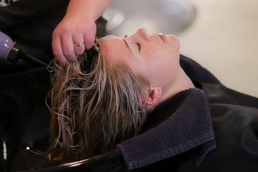 Tanpa Ribet, 5 Tips untuk Mencegah Rambut Bercabang