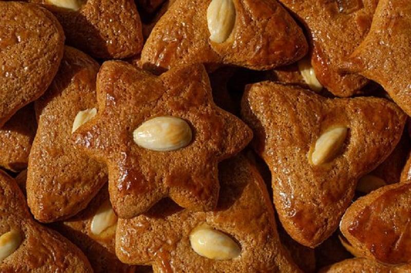 ilustrasi: kue kering almond (foto: Pixabay)