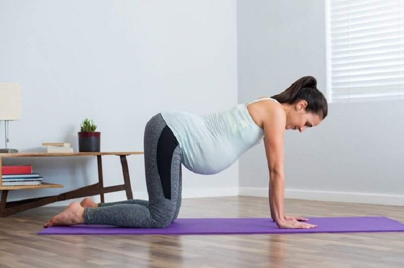 3 Jenis Gerakan Olahraga Ibu Hamil Agar Persalinan Normal