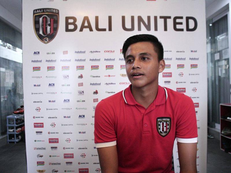 Kisah Unik Karier Kiper Bali United Rakasurya Handika