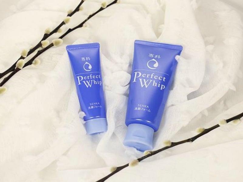 Senka Perfect Whip Facial Foam: Bersihkan Sisa Makeup Menyeluruh