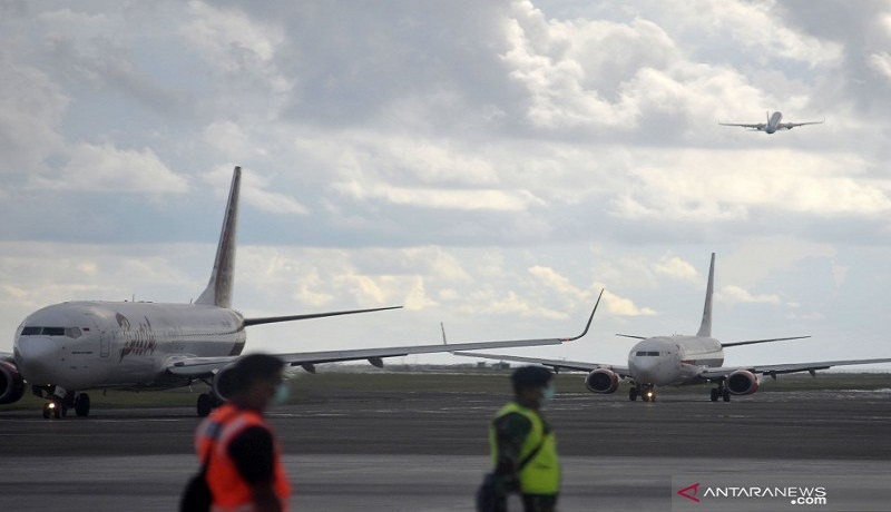 Sejumlah pesawat berada di kawasan Bandara Internasional I Gusti Ngurah Rai, Bali. Foto: Antara