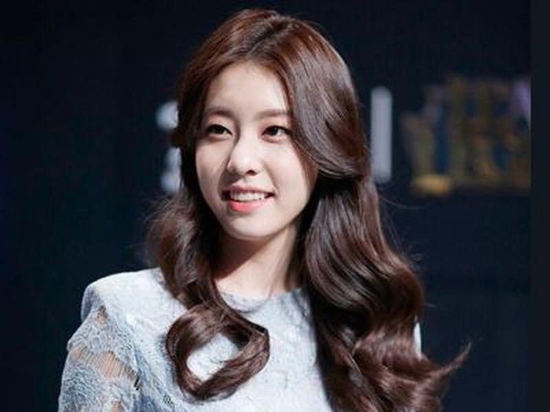 Nikah dengan So Ji Sub, Cho Eun Jung Dikabarkan Hamil Duluan