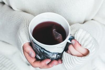 ilustrasi : teh (foto: unsplash)