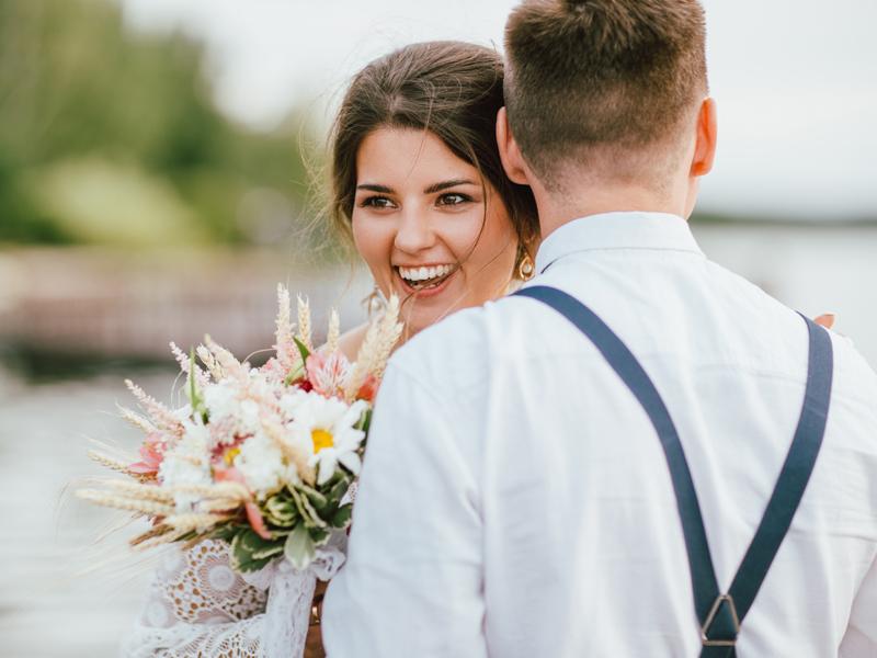 Menikah Secara Adat atau Modern, Kamu Pilih Mana?