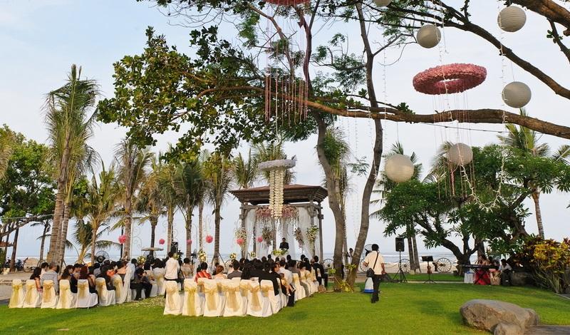 Cantiknya Taman Bhagawan, Tempat Resepsi Pernikahan yang Intim
