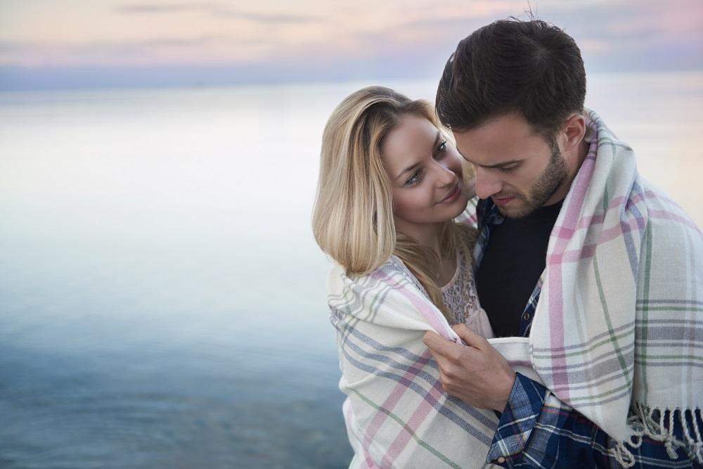 Kita Tak Butuh Hubungan Asmara yang Sempurna, Karena…