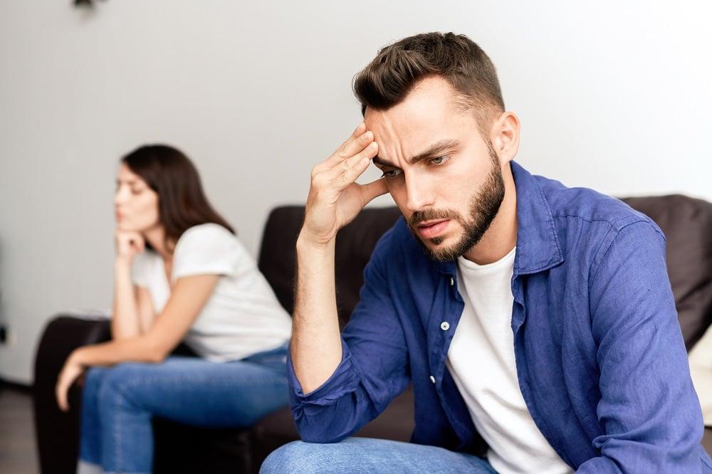 Berbagi Hal Berikut dengan Pasangan Bikin Rusak Hubungan Loh