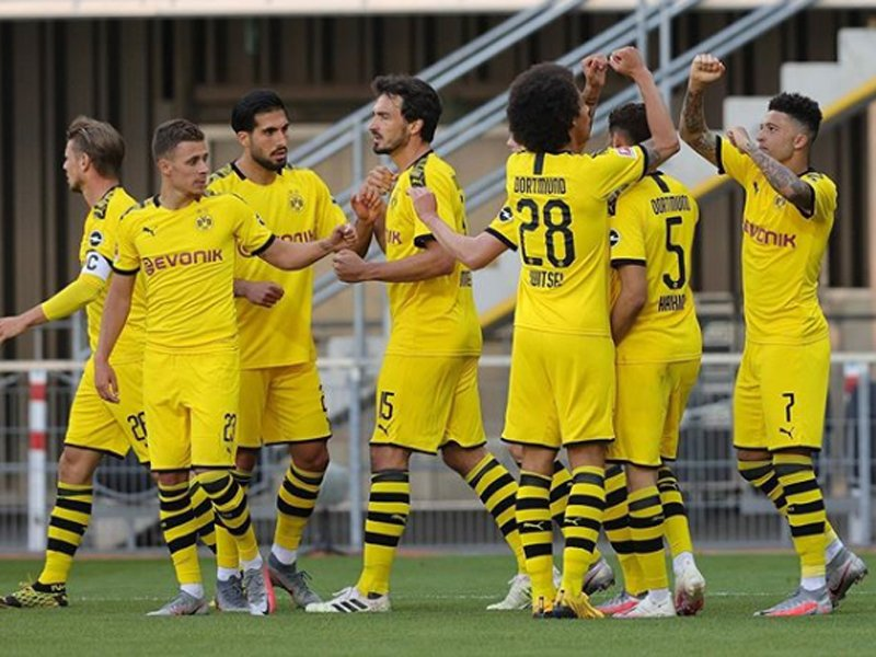 Paderborn vs Dortmund 1-6: Bidikan Liverpool dan MU Ukir Rekor