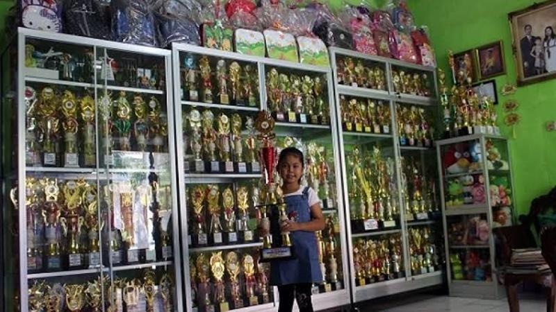 Bikin Melongo! Baru 10 Tahun, Elvaretta Cicelyana Sabet 700 Piala