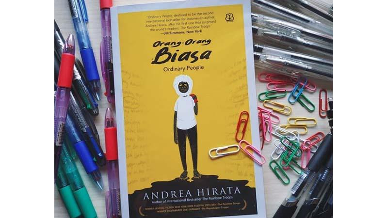 Novel Orang-Orang Biasa menceritakan kisah kelam kelompok miskin (foto: IG @Andreahirata)