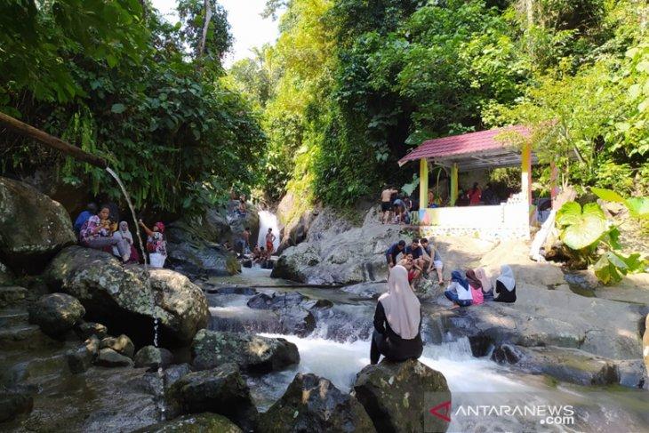 Air Terjun Air Sengak Bengkulu Tengah, Destinasi Top Usir Jengah