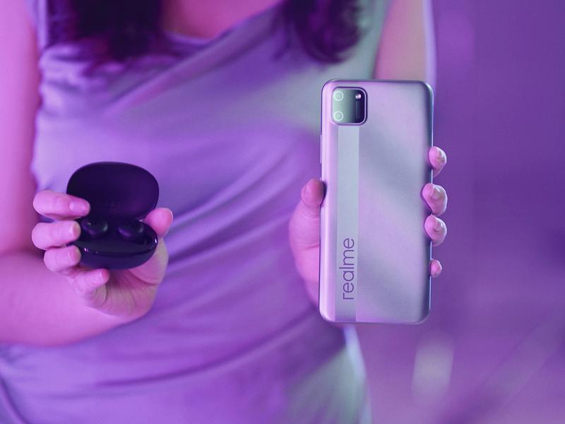 Smartphone Realme. Foto: Twitter/realmeindonesia