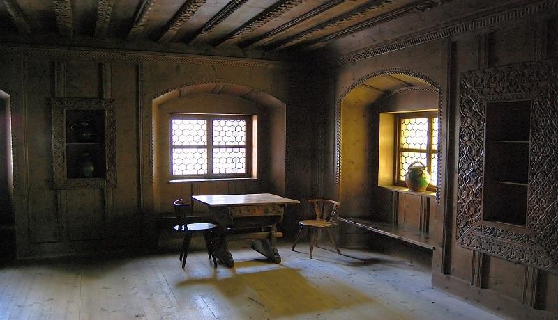 Rumah bergaya rustic (foto: Dekoruma)