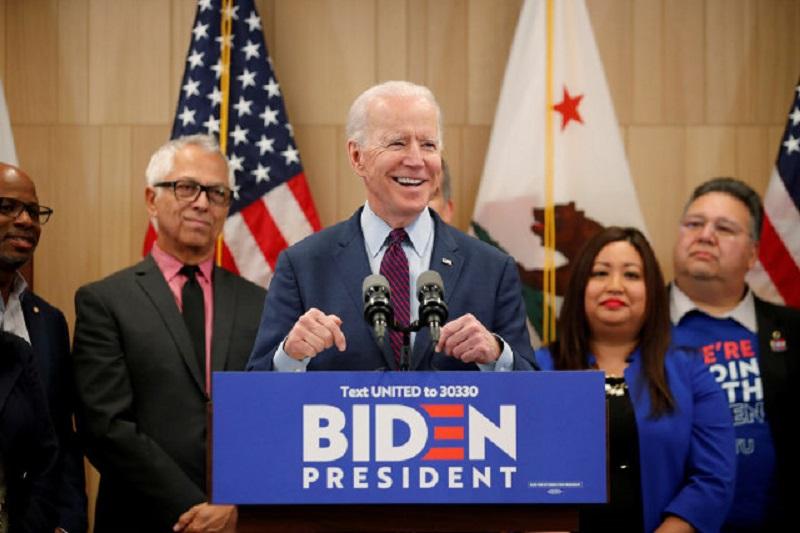 Calon Presiden AS, Joe Biden (foto: Reuters/Mike Blake)