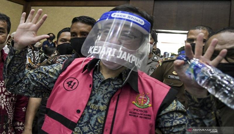 Terdakwa kasus Jiwasraya saat sidang di Pangadilan Tipikor Jakarta. Foto: Antara