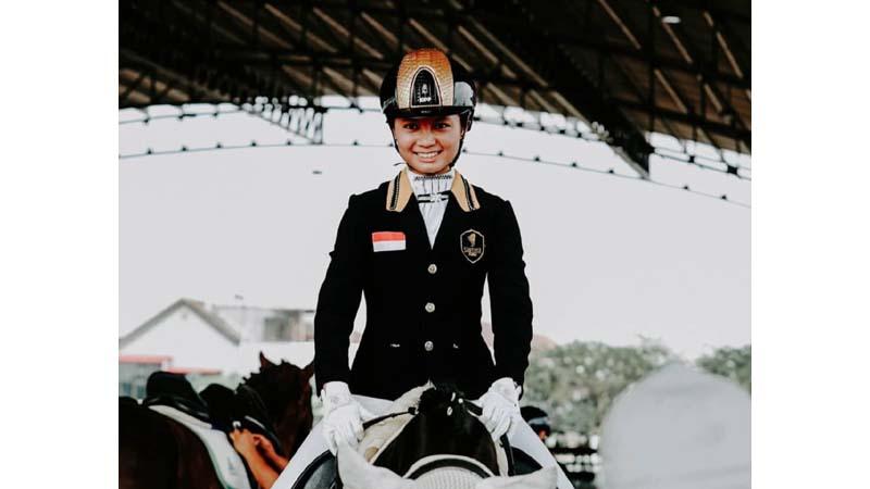 Ivana Putri Santosa, atlet berkuda. Sosok perempuan sukses cetak prestasi gemilang (foto: dok Ivana)