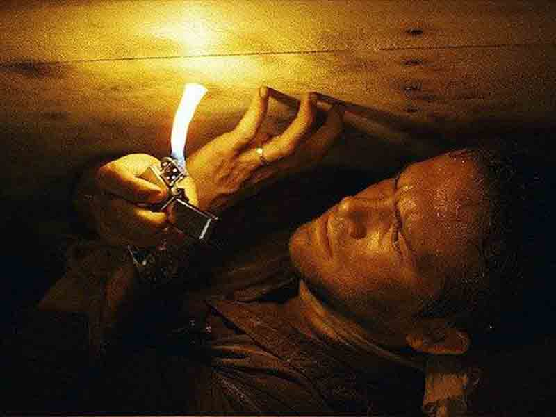 Cuplikan film Buried. Foto: IMDb