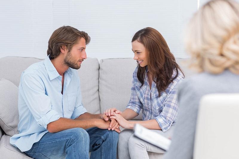 ilustrasi: cara mendapatkan restu dari calon mertua (Foto : anxiety and behavioral )