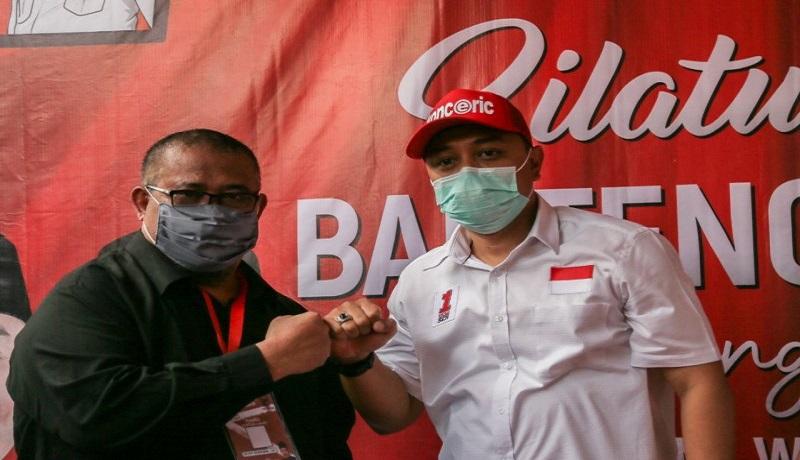 Ketua Posko Banteng Lawas Saleh Ismail Mukadar bersama Eri Cahyadi. FOTO: Antara