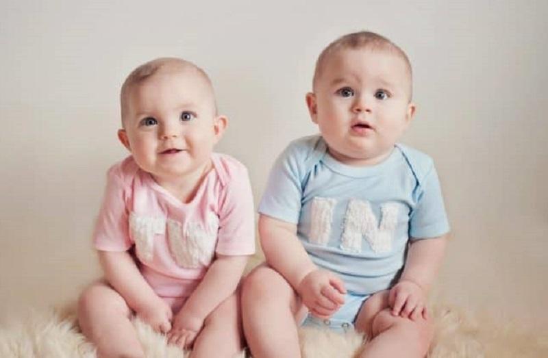 ilustrasi: bayi kembar ( foto: shutterstock)