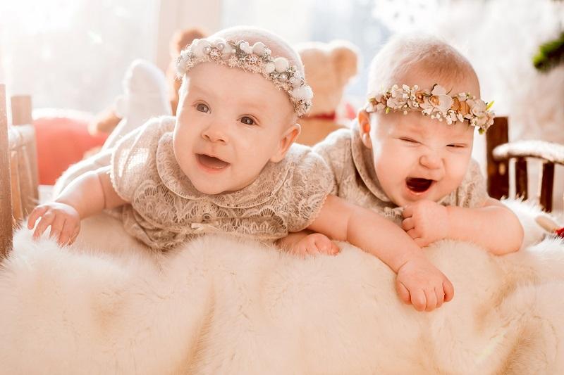 ilustrasi: bayi kembar ( foto: pixabay)