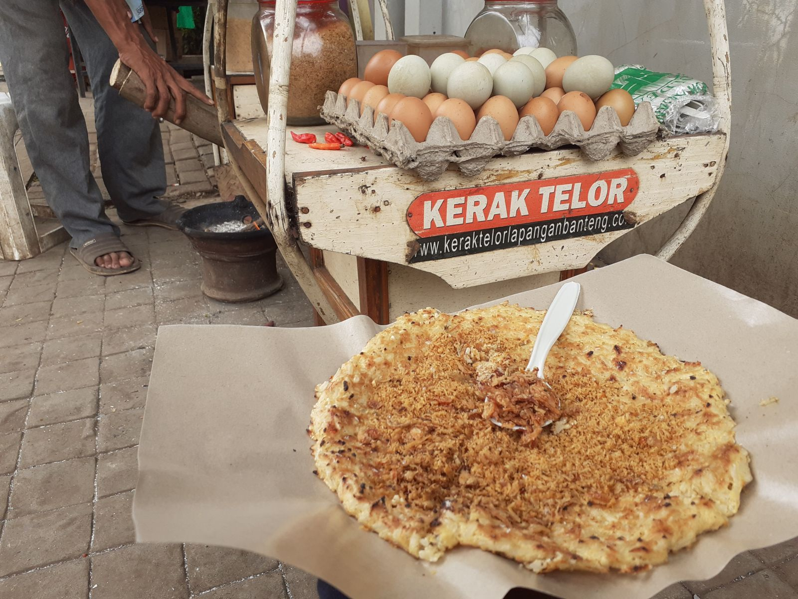Kerak telur Lapangan Banteng (foto: GenPI.co)