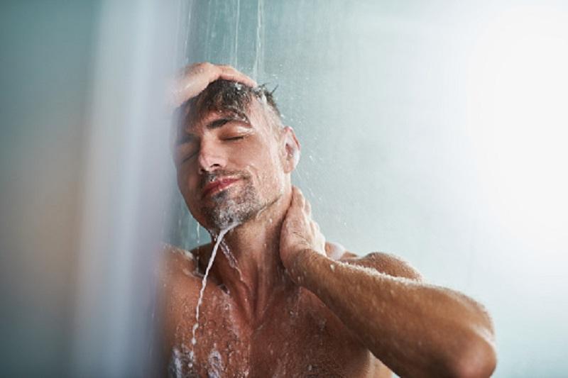 Banyak Dicari, Inilah 3 Sabun Mandi Terbaik untuk Para Pria