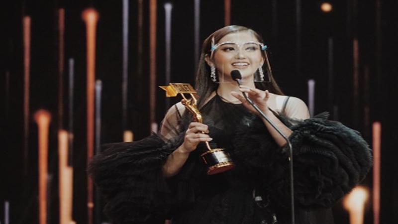 Ranty Maria Aktris Tersilet 2020, Intip Deretan Foto Memesonanya