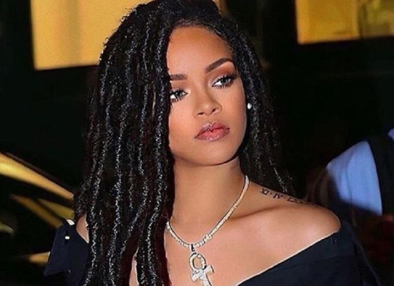 Rihanna total kekayaannya mencapai Rp 8 Triliun (foto : instagram @rihanna)