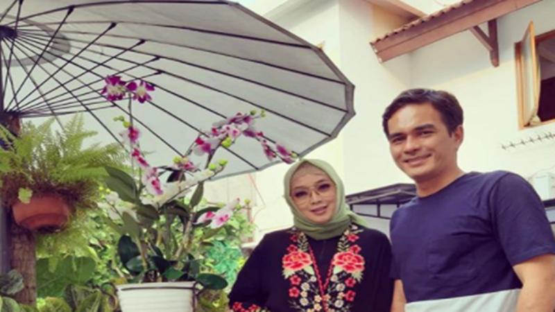 Rina Gunawan dan Teddy Syah (foto: SC IG @rinagunawan28)