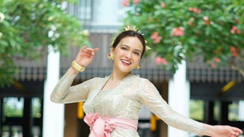 Shandy Aula makin cantik saja saat tinggal di Bali(foto: ID @shandyaulia)