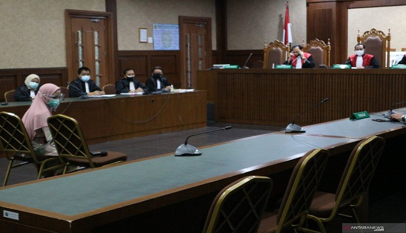 Jaksa Pinangki saat menghadiri sidah perdana. Foto: Antara