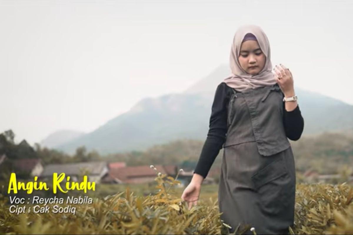 Video klip Angin Rindu yang diunggah di akun YouTube JPNN musik. Foto: JPNN Musik