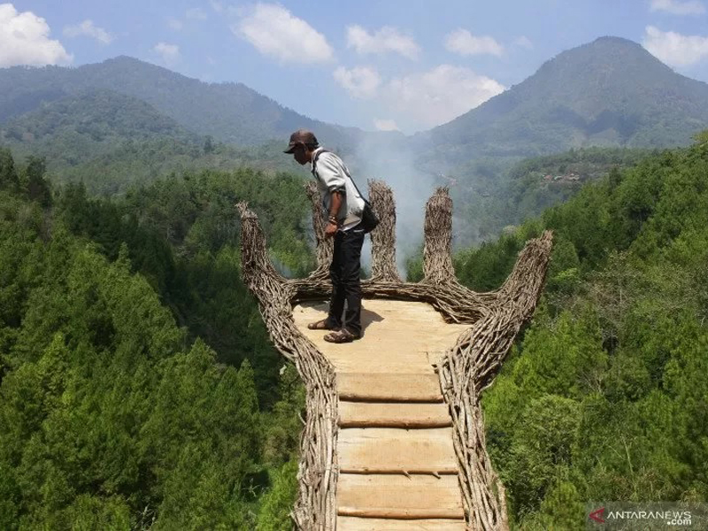 3 Tempat Wisata Kece di Malang Raya, Luar Biasa